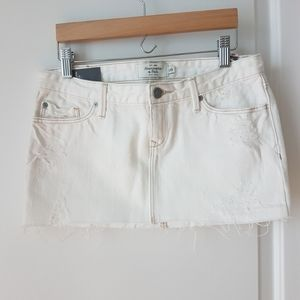 A&F White Distressed Skirt